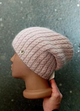 Бежевая шапка бини ангора шерсть на флисе вязка косами распрод...