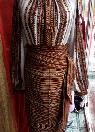 Вишиванка (тканий костюм)