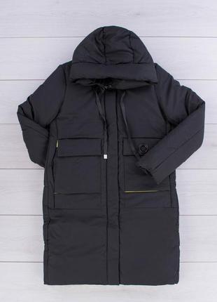 Женская черная зимняя куртка