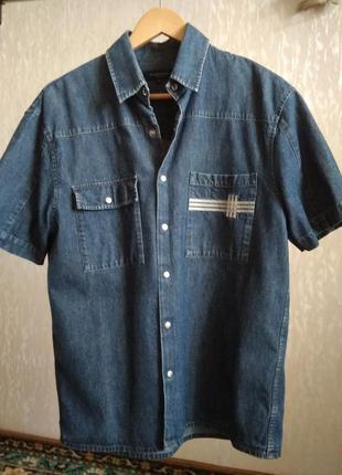 Мужская джинсовая рубашка burberry. m