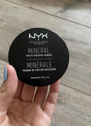 Минеральная пудра nyx