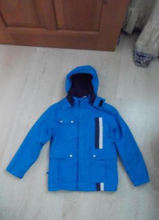 В наличии модная куртка на мальчика,фирма lenne