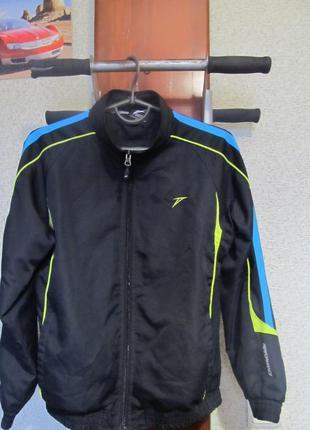 Спортивная куртка кофта на мальчика.152.