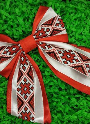 Галстук бабочка бант с вышивкой