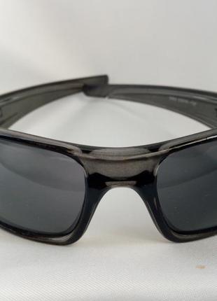 Очки спортивные  солнцезащитные