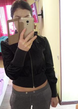 Стильная, женская куртка-ветровка с пайетками morgan