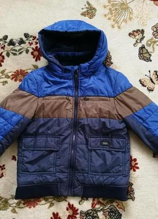 Куртка на мальчика 8-9 лет