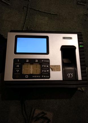 Биометрический терминал учёта рабочего времени