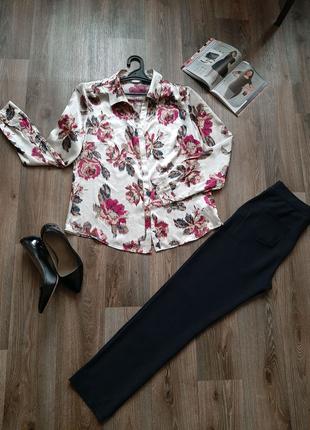Красивая блузка бренда M&S 48 размера.