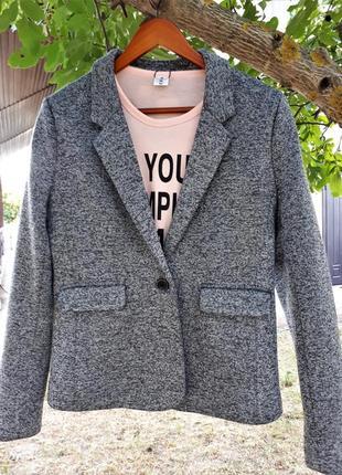 Теплый пиджак на осень