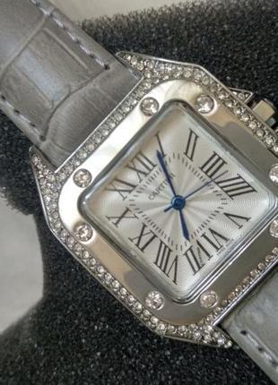 Женские шикарные  наручные часы