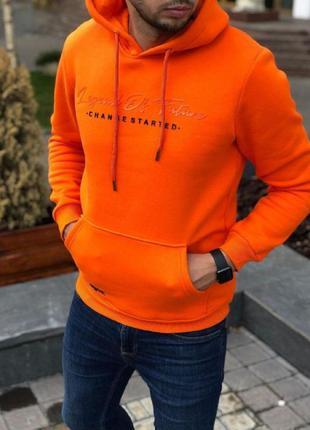 Худи оранжевое зима