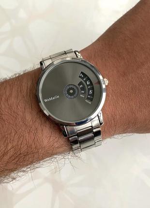 Мужские металлические наручные часы womage серебристые с тёмным