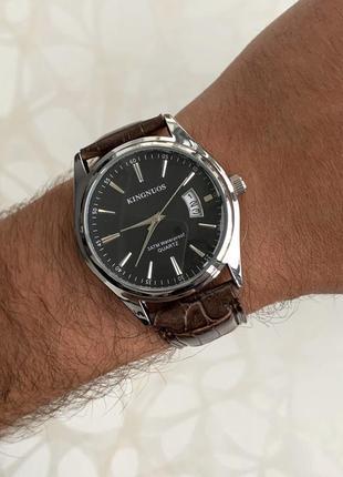 Мужские часы kingnuos искусственная кожа с датой коричневые с ...