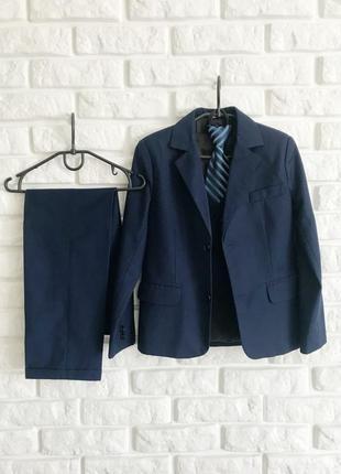 Школьный костюм тройка для мальчика, галстук в подарок
