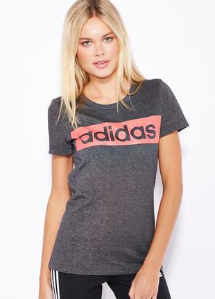 Adidas футболка s- размер  sport essentials