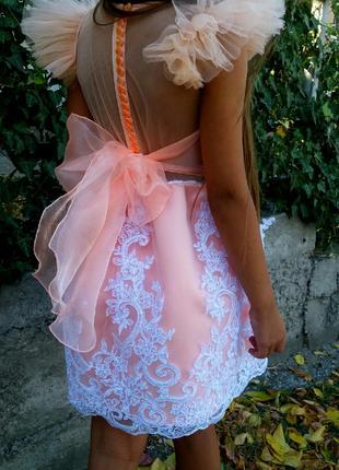 Нарядное платье для девочки рост 116-122 см, на праздник