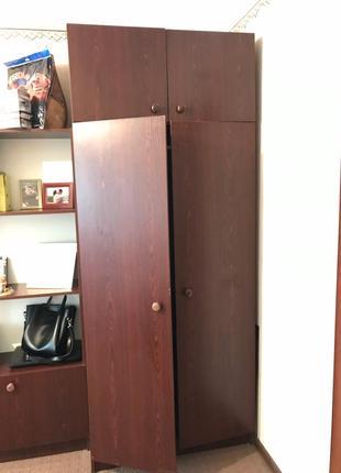 Продам стенку из 5 частей со шкафом