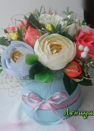Букет в шляпной коробке, цветы из конфет, оригинальный подарок.