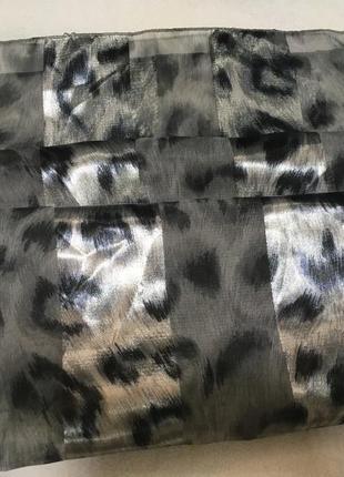 Шарф красивый серый леопардовый атласный