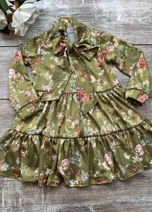 Нарядное платье с длинным рукавом для девочки