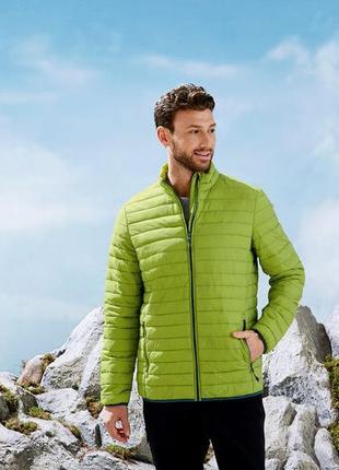 Качественная мужская куртка, германия { размер 56}