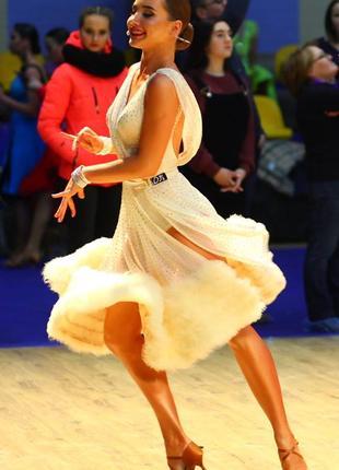 Продается платье для бальных танцев (латина)