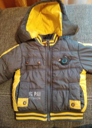 Куртка зимняя на 4-6 лет
