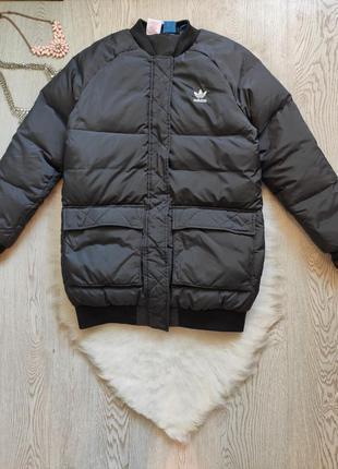 Черная мужская короткая спортивная куртка бомбер натуральный п...