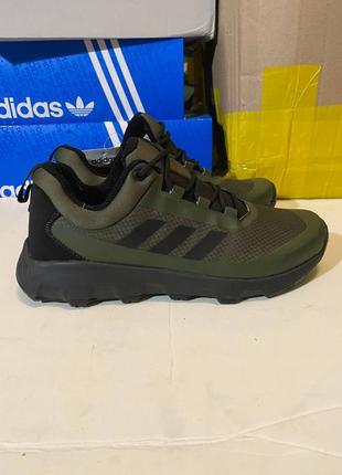 Мужские ботинки демисезон Adidas Terrex кроссовки водонипроницаем