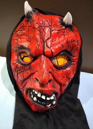 Маска дьявола на halloween хэллоуин