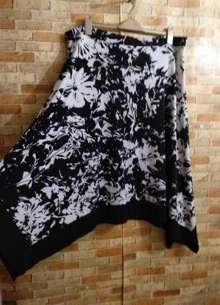Стрейчевая длинная юбка в цветах на резинке 22/56-58 размера