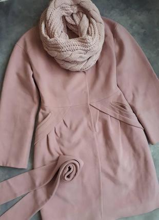 Шерстяное пальто - тюльпан розового цвета демисезон