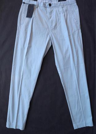 Чудові естетські брюки antonio banderas