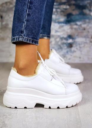 Натуральная кожа эффектные кожаные кроссовки на массивной подо...