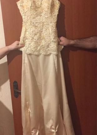 Вечернее {выпускное} платье с корсетом