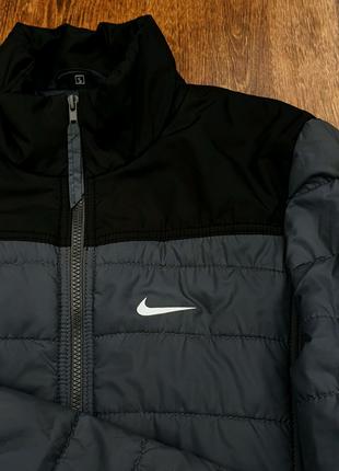 Куртка nike весна осінь