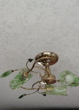Люстра, светильник на 3 лампы в отличном состоянии
