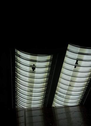 Светильник на 2 лампы. ПОДАРОК 5 ламп. Количество 1 шт.
