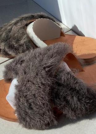 Дизайнерские шлёпанцы натуральный мех ламы brother vellies