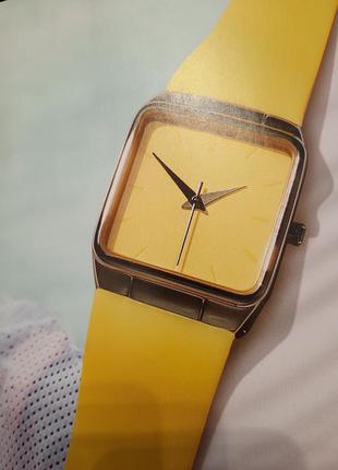 Желтые женские часы 43539