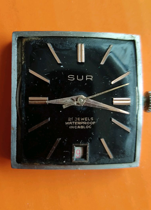 Швейцарские часы SUR