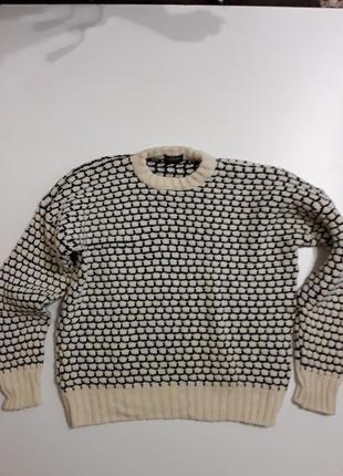 Фирменный классный теплый шерстяной свитер