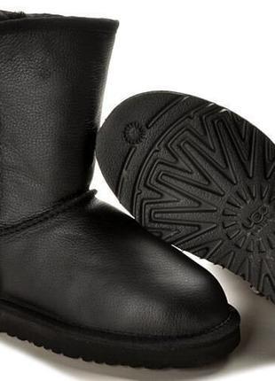 Мужские черные кожаные угги UGG Classic Short Leather Boot Black
