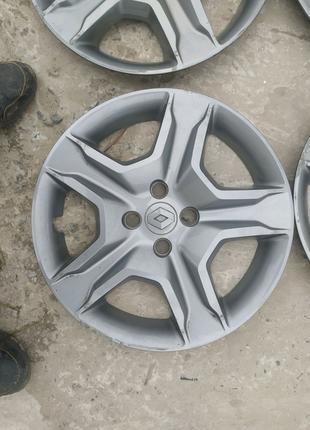 Оригинальные колпаки на Renault Sandero stepway logan scenic r16