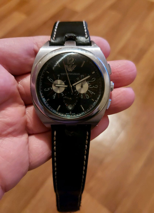 Часы EMPORIO ARMANI механика.