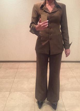 Женский деловой костюм тройка: пиджак, юбка, брюки