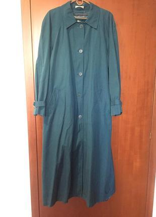 Бирюзовое пальто большого размера