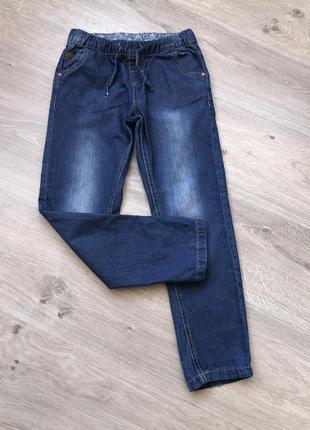 Стильные джинсы для девочки, джинсы на резинке