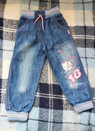 Новые джинсы на девочку 3- 4 года